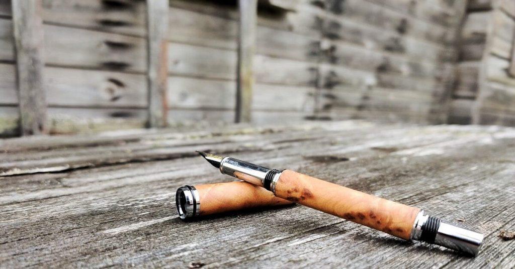 Handmade Wooden Fountain Pen - Thuya Luxury Fountain Pen