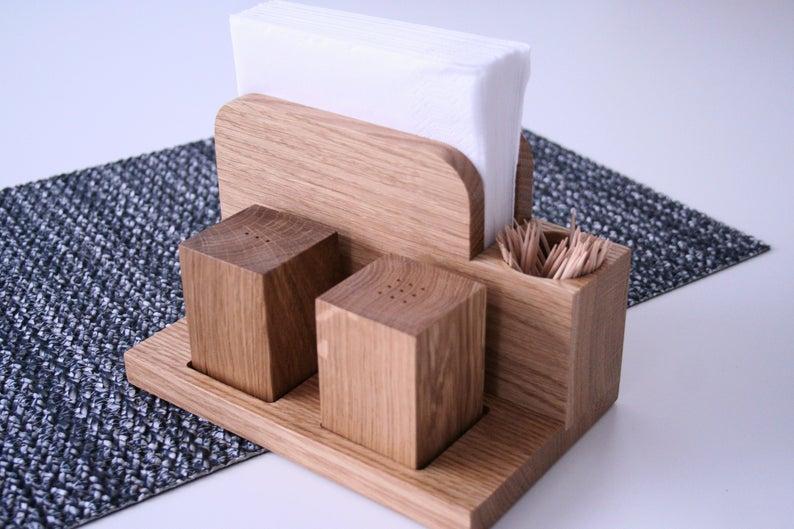 Salt And Pepper Shaker , Cool Table Set